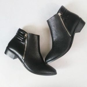 Steve Madden Womens Ankle Bootie Size 9.5 M